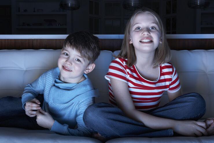 Børn ser film